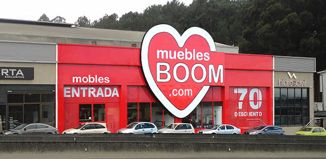 Muebles tiendas interesting gondolas para minisupers y for Outlet muebles pontevedra