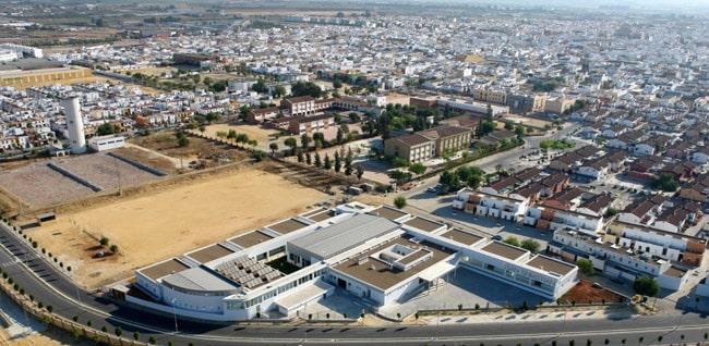 Tiendas de muebles en los palacios y villafranca sof s for Muebles boom burgos